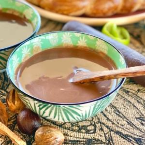 Photo bol de Chocolat chaud antillais